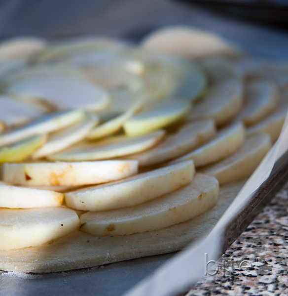 cortland apple puff pastry tart