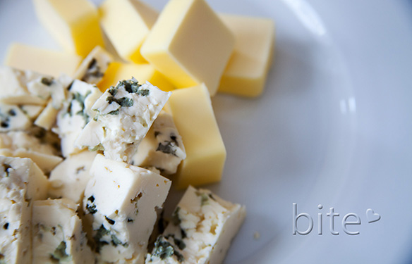 blue cheese bicuits